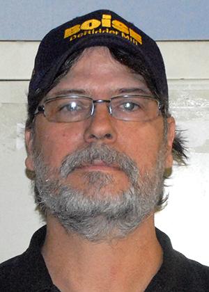 Earl Lott : Production Department Supervisor